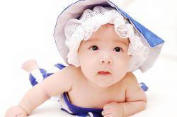 如何判断婴儿是否便秘 以下症状需注意
