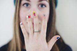 超拉風 指尖上行走的emoji表情包