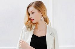 2016时尚春装小外套 简约修身小西装超显气质