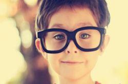 儿童眼睛散光怎么治疗 形成散光眼的主要原因有