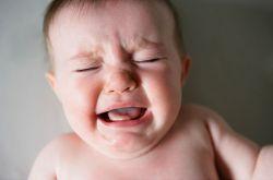 宝宝闹觉怎么办 宝宝爱哭闹谨防这些疾病