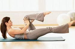 六式产后减肥瑜伽 助新妈塑造完美体形