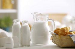 牛奶什么时候喝最好 这些人千万不要喝牛奶哦