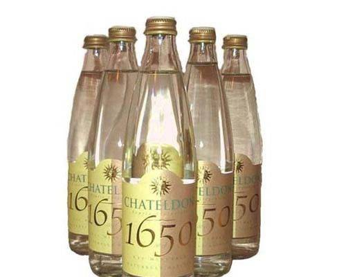 最昂贵的贵族王室享用的水:CHATELDON