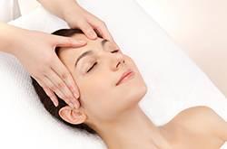 油性皮肤怎么护理 夏季油性皮肤怎么护理