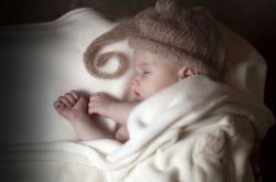 宝宝发烧39度怎么办  小孩发烧39度严重吗