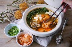 韩式泡菜海鲜锅 谁说不能一个人吃火锅