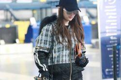 刘亦菲被曝赴韩过圣诞节 平安夜曾现身机场照曝光