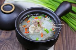 只需10分钟就可以做出鲜美白萝卜羊汤
