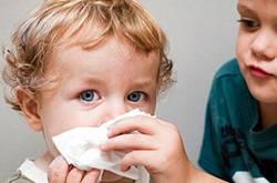婴儿感冒怎么办 宝宝感冒鼻塞注意事项
