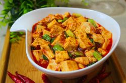 麻辣豆腐怎么做 4大招做出滑嫩入味的美味