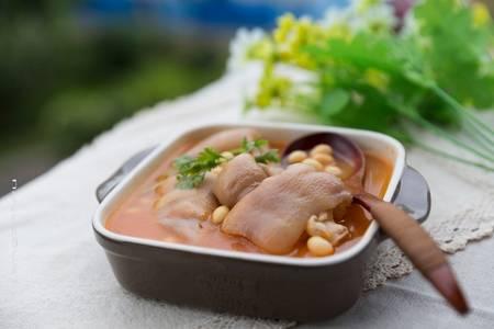 黄豆炖猪蹄的做法怎么做的 黄豆炖猪蹄的营养特点