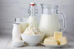 羊奶好还是牛奶好 三个特点帮你全面分析
