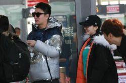 李小璐怒怼网友后现身机场