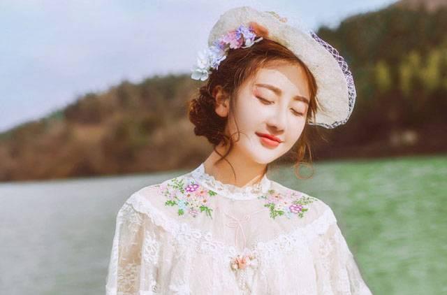 韩国卧蚕妆暗唇妆容 简单易学的化妆教程