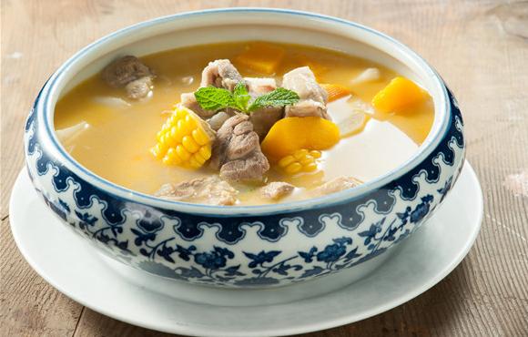 排骨玉米汤的做法,这样做清新美味