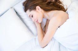 治疗失眠小窍门 十款偏方让你一觉睡到天亮