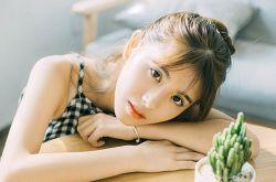 日系搭配技巧 潮女仲夏最爱高明度色彩点缀