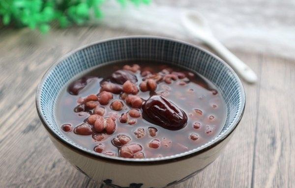 经期能喝红豆薏米吗_经期能喝红豆薏米汤吗 喝了会怎么样 - 【东方女性网】