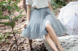 蓬蓬裙搭配什么上衣 长肉&腿型差有它都不怕