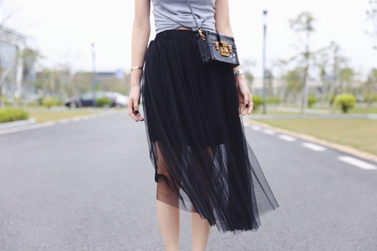女人装穿衣搭配 被网纱征服中了连衣裙的毒