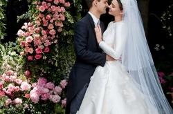 米兰达·可儿二婚百亿富商 绝美婚纱照一对璧人