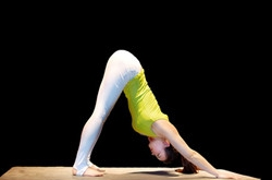 适合减肥的瑜伽动作 平衡支撑星式瑜伽