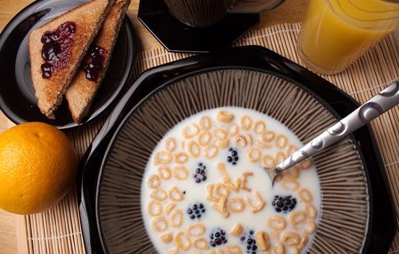 美味的牛奶炖蛋,你知道怎么做吗?