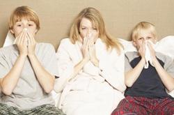 过敏性鼻炎的危害有哪些 过敏性鼻炎如何治疗