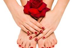 冬天手脚易脱皮开裂 常见的4种原因