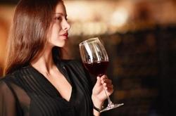 喝红酒有什么好处 喝红酒需注意以下几点