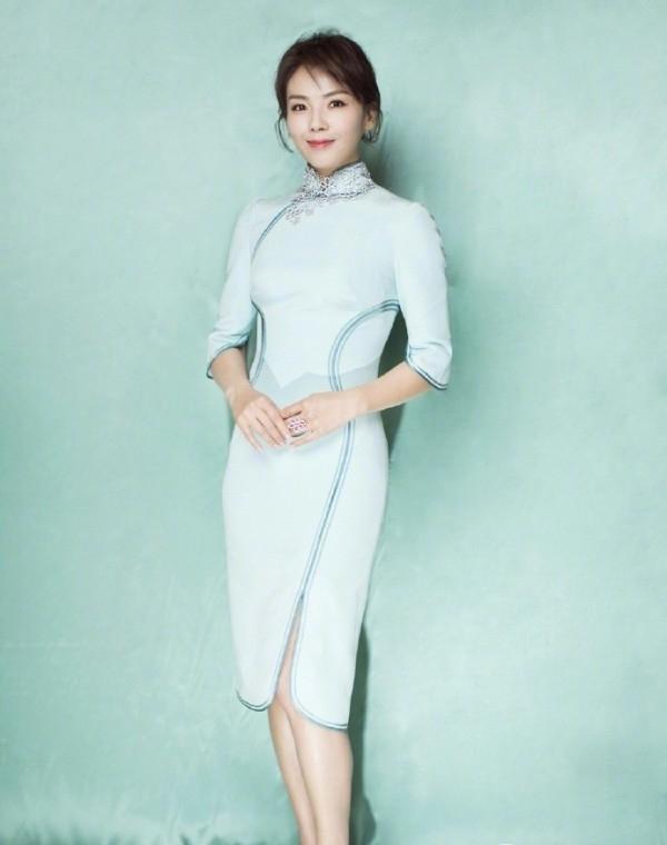 刘涛教你如何穿出优雅旗袍范 精细小女人就选这