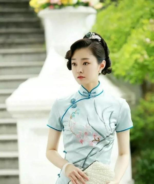 旗袍适合哪个年龄段穿搭 夏天适合穿旗袍吗