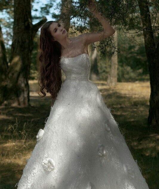 蕾丝与花朵装饰婚纱系列 让你的婚纱更具森系风